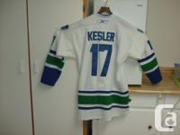 Size XL CCM Vancouver Canucks NHL #17 Kesler , Hockey for sale  British Columbia