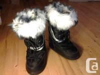 Hello !  Je vends ces jolies bottes de neige (apr