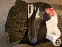 $230 or OBO Brand New Nike Air Max Never worn Still