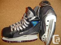 Nike Bauer Supreme 30, size 11 D youth - $35  Easton