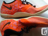 Nike Shoes Indoor / outdoor in Orange and Black. Comfy