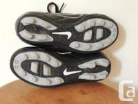 Nike size 11 T girls soccer cleats, excellent, as new.