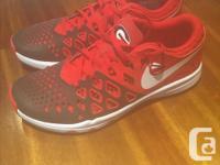 SIZE 9 Nike FlexRun grey/orange $20 Nike Train Speed 4