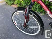 Woman's Mountain Bike in excellent condition. Rides
