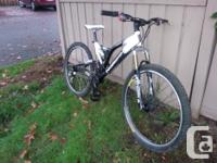Norco VPS Fluid 3.0. Marzocchi MZ Comp Bomber front
