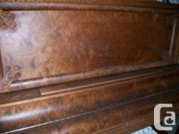 NORDHEIMER TORONTO ANTIQUE UPRIGHT PIANO Beautiful