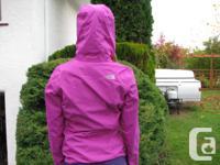 Women's Resolve Jacket size XS, fuschia purple colour