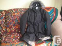 This is a wonderful North face women's jacket that will