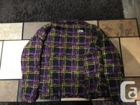 North Face Women�s Shell Jacket For Sale. Excellent