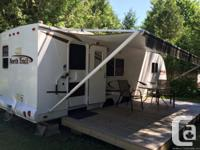 Clean hybrid RV for sale, that can expand and