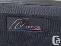 1 pair NUANCE Advantage 3.3 floorstanding speakers