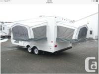 2012 JAYCO Jay Feather Ultra Lite X18D, Only used 6