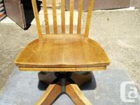 Oak swivel rocker arm chair for office. Max. seat