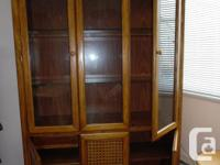 Oak Display China Cabinet/Hutch, with light in upper
