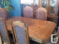 Solid Oak Dining-room Set in Excellent Problem.  Just