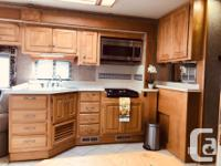 Beautiful Well Maintained Motorhome.. no smokers,