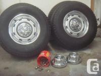 """Goodyear Wrangler RT/S tires 265/75/R16"""". 95 % walk"""