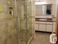 # Bath 2 Sq Ft 2440 # Bed 3 Lovely, well kept 2440 sq