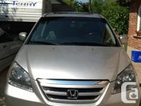 Beautiful silver XLT design, honda Odyssey, reduced