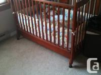 Need to view ... Lot and great disorder. Infant crib,