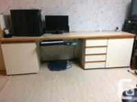 Excellent condition office desk with lots of room. Has