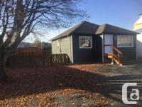 Sq Ft 800 Great location!! Recently renovated, 800 ft2