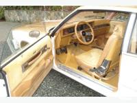 Make Oldsmobile Colour White/Gold Trans Automatic kms