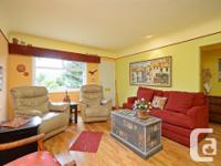 # Bath 1 Sq Ft 964 MLS 379495 # Bed 2 *OPEN HOUSE SAT