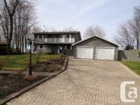 # Bath 2 Sq Ft 1800 MLS SM122242 # Bed 3 Waterfront