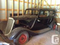 Make. Ford. Design. Model T. Year. 1933. Colour.