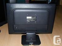 Powered by Viewsonic, 5ms, 700:1,  WXGA+ 1440x900,