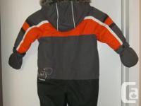 n mint condition!!!! 1 piece snowsuit size 24 months