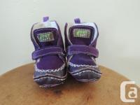 """Outbacks infant size 3.5 (18EU), length is 4 1/8"""""""