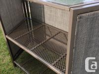 Brown bar set, top is flexi-glass, 3 bar stools,