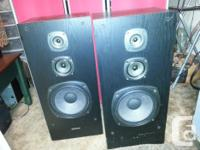 SET OF KENWOOD 3 WAY TOWER SPEAKERS THAT HAVE A GREAT