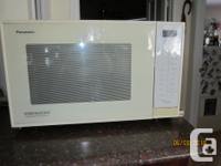 This is a Panasonic Genius Demention 4 This microwave