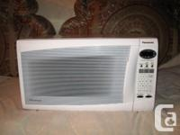 Product Description. Panasonic Microwave (White) 1.2