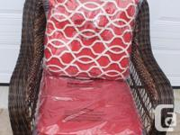 Back and seat cushions Cushion is made of quick-drying