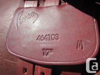 """Beautiful 17"""" Pessoa close call saddle. tool tree in"""