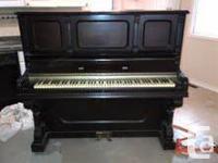 Classic  landsdowne Cabinet-Grand upright piano for
