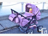 Really beautiful stroller in excellent condition,(pet
