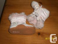 FROM A PET/SMOKE FREE HOME!! LOOK BRAND NEW,PINK GEOX