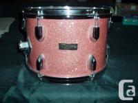 Beautiful vintage 5 piece Tempro Pro drumset. Tempro