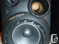 Hi, this is a nice sounding & looking set of Pioneer