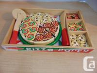 Play Family Kitchen Melissa and Doug Pizza Party Wood