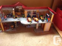 Playmobil furnished school and gym in great condition!