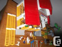 Clean! all part in mint condition! I have 2 Playmobil