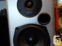 Pair Polk Audio M10 Book shelve Speakers (black), along