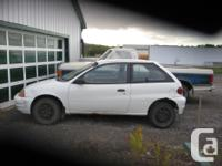 Make Pontiac Model Firefly Year 1999 Colour Whitre kms