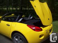 Make Pontiac Model Solstice Year 2007 Colour YELLOW